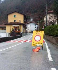 SS 12 chiusa in Comune di Piteglio (foto Marco Ferrari)