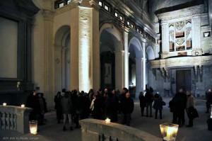 Si visita l'interno di San Pietro