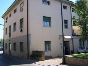 Gli uffici comunali di via Trieste
