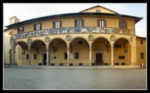Piazza Giovanni XXIII e l'ospedale del Ceppo