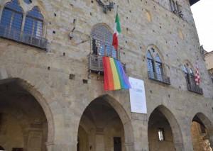 A Pistoia Bertinelli inaugura le unioni civili