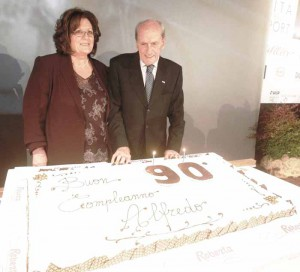 Loretta Cafissi e Alfredo Martini durante la festa per il 90° compleanno