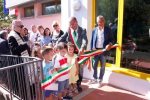 L'inaugurazione della scuola ristrutturata