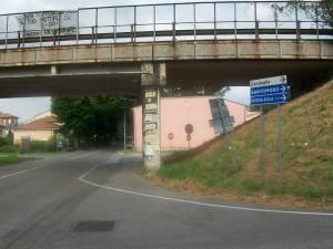 Sotto il viadotto di via Sestini di tutto e di più